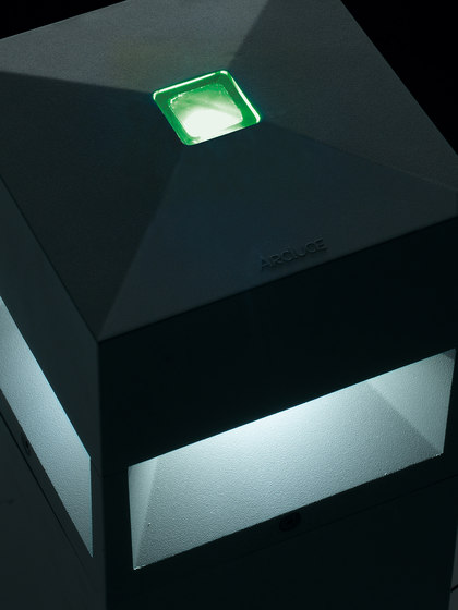 Kubix 180 full light - with opalescent diffuser de Arcluce