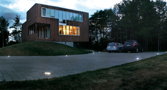 Stone 180 one-way illumination by Arcluce