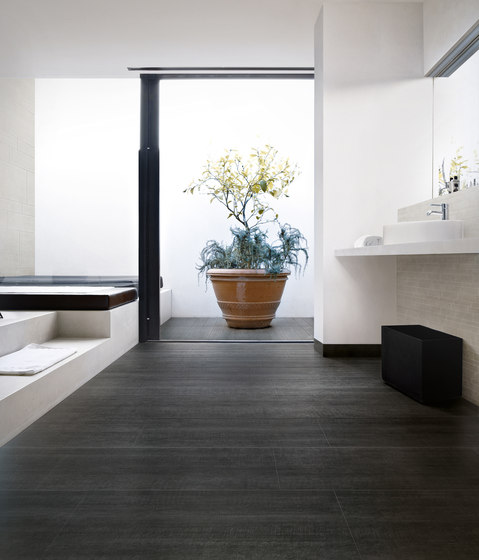 Reverse White de Floor Gres by Florim