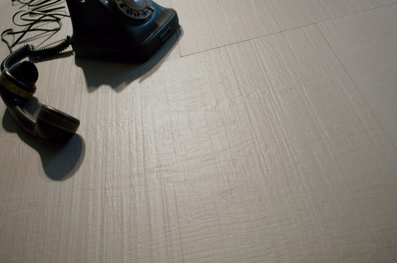 Prints Vestige 1.0 Blanco Plus Natural SK by INALCO