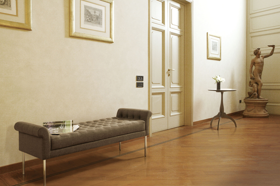 Avenue sofa by Ritzwell