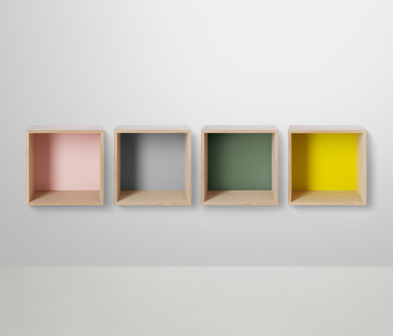 Mini Stacked Shelf Systems Medium* von Muuto