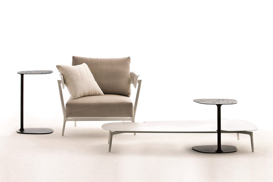 Aikana deckchair by Fast