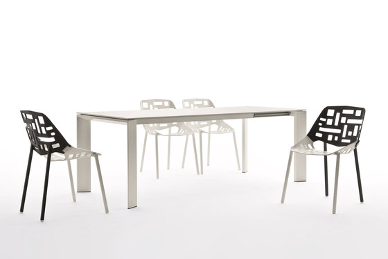 Twin Stacking Chair de Fast