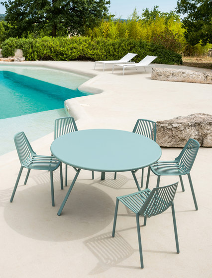 Radice Quadra table round by Fast