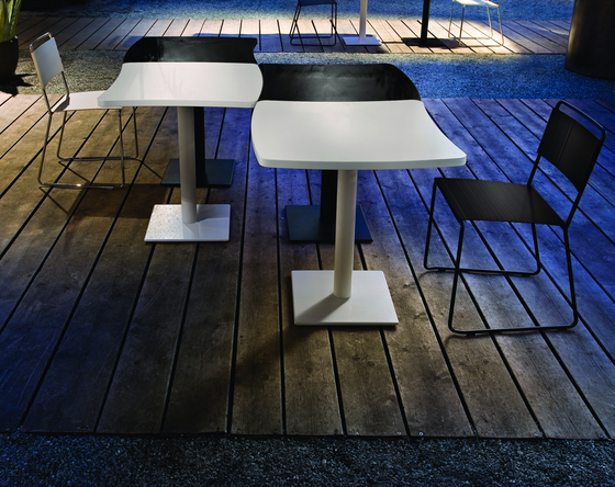 Amelie Table de ALMA Design