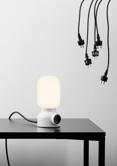 Plug Lamp Table von ateljé Lyktan