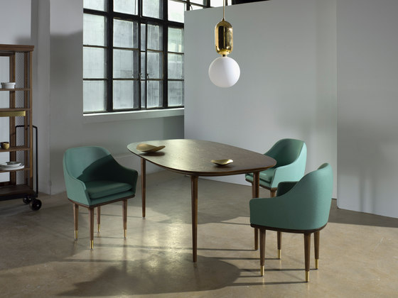 Lunar Dining Table de Stellar Works