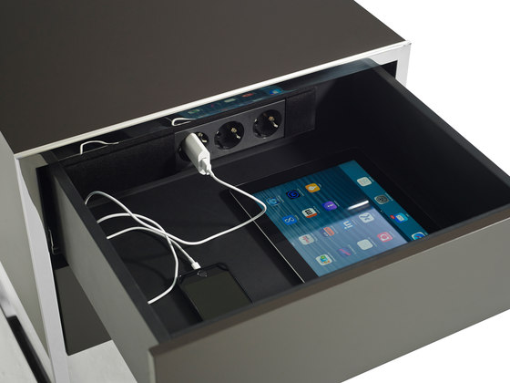 Smart Console by Yomei