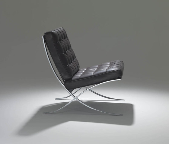 Brno flat bar Side Chair by Knoll International