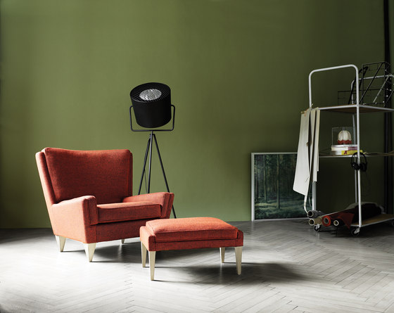 V11 Armchair by Stouby