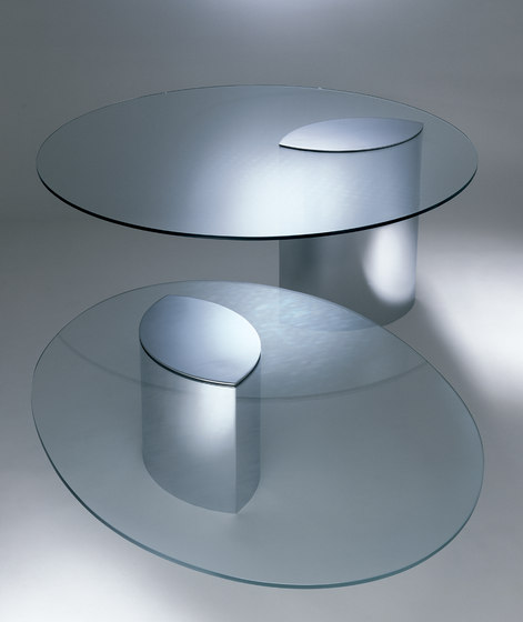 Lunario Table by Knoll International