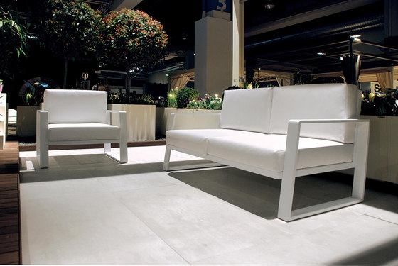 Cossyra sofa by Metalco Home