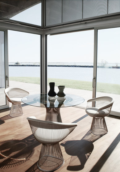 Platner Dining Table de Knoll International
