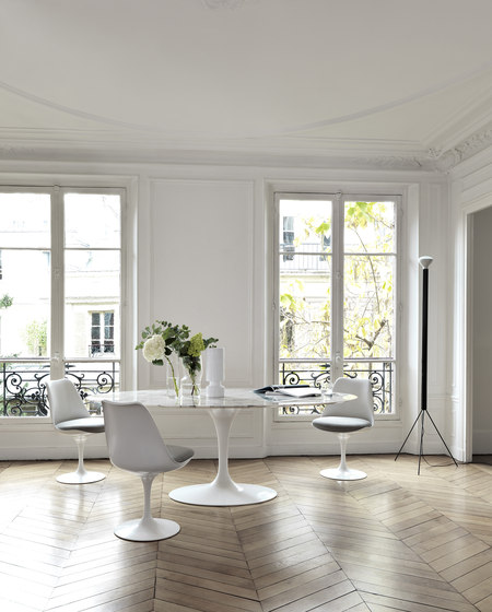 Saarinen Dining Table Oval de Knoll International