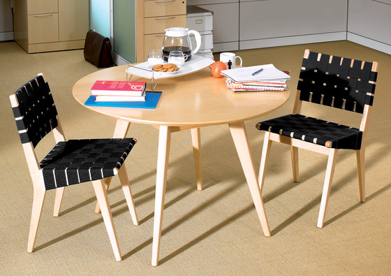 Risom Side chair by Knoll International