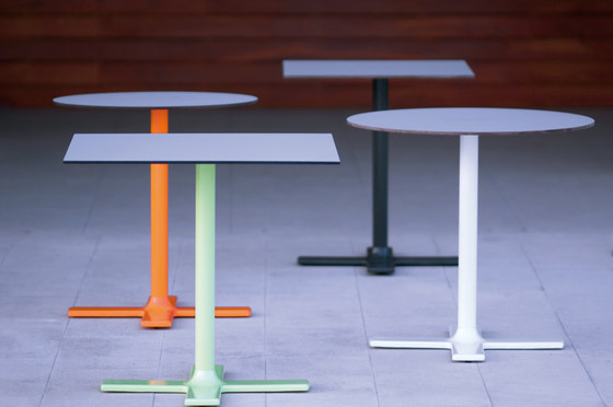 Colors square table 80 by Point