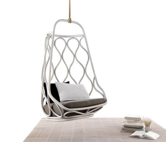 Nautica Swing chair with base by Expormim