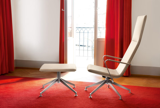 JACK 4-legged chair with coasters di Girsberger