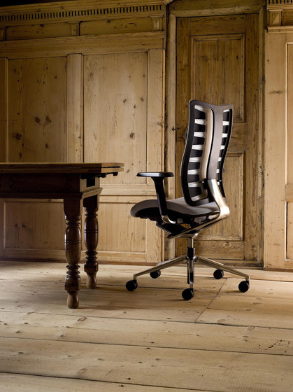 Sitagego Swivel chair by Sitag