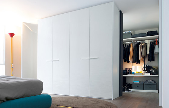 Surf wardrobe by Poliform