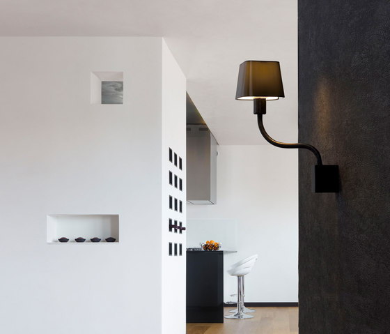Flexi floor lamp di Faro