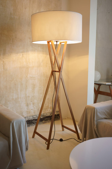 Cala outdoor table lamp de Marset