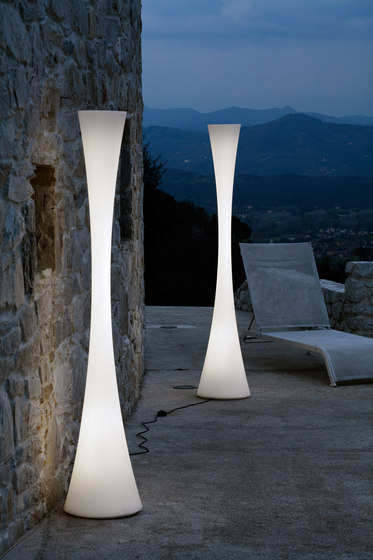 Biconica Pol Outdoor* by martinelli luce
