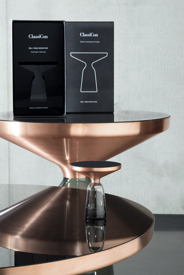 Bell Side Table Copper von ClassiCon