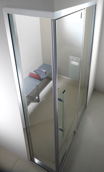 Aquasteam with Spaziodue 105 door by EFFE PERFECT WELLNESS