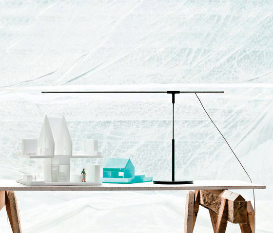 Antenna | Table lamp by Vertigo Bird