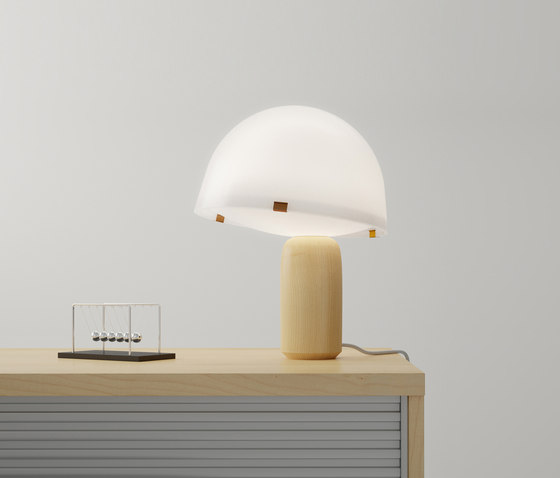 Kokeshi | Table lamp by Vertigo Bird