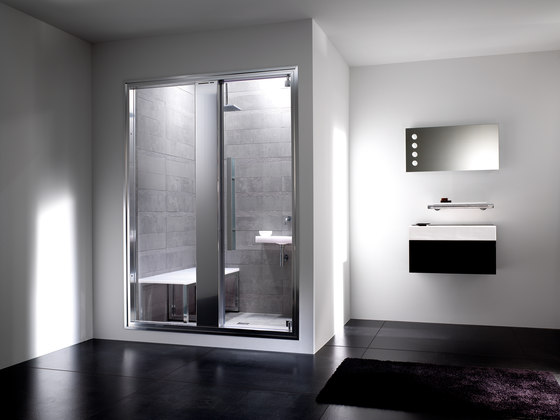 Omniasteam Touch 145 with Omnia 50 glass panel by EFFE PERFECT WELLNESS