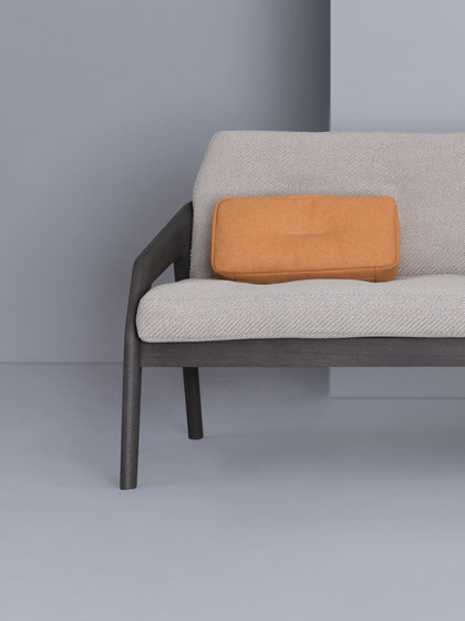 Friday Pouf by Zeitraum
