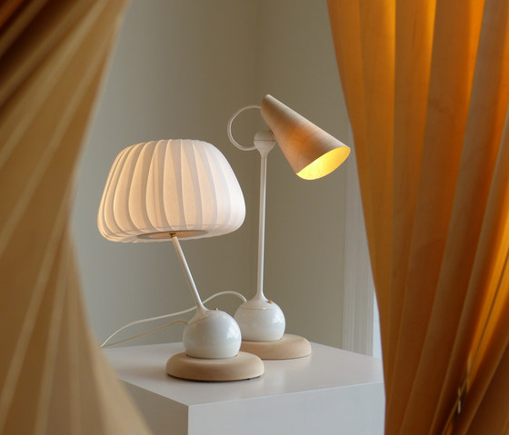 TR19 Table Lamp von Tom Rossau