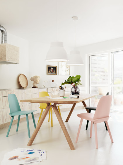 Split Dining Table di Muuto