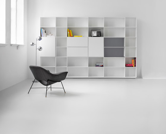 Puro Shelf system by Piure