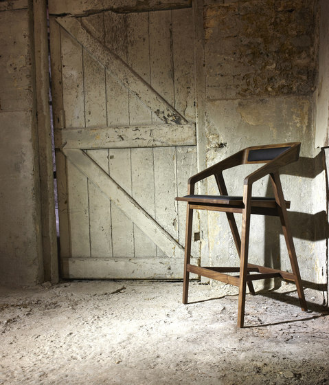 Katakana Rocking Chair de Dare Studio
