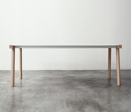 Torii table by Kristalia