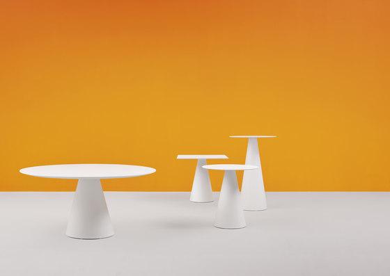Ikon table de PEDRALI