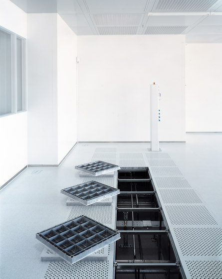 Clean Room Floors by Lindner Group