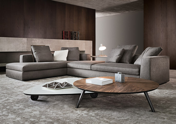 Powell Couch by Minotti