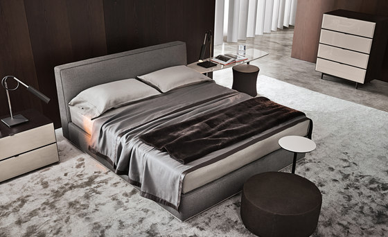 Powell Bed.94 de Minotti