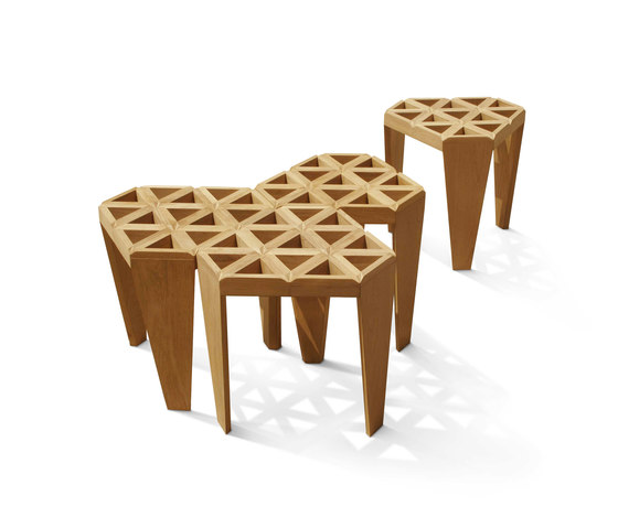 Star Stool de Deesawat