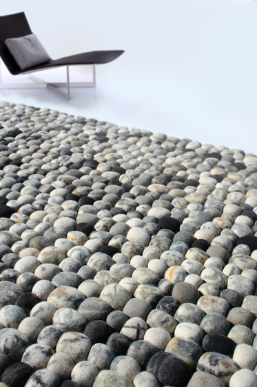 Pebble by 2Form Design