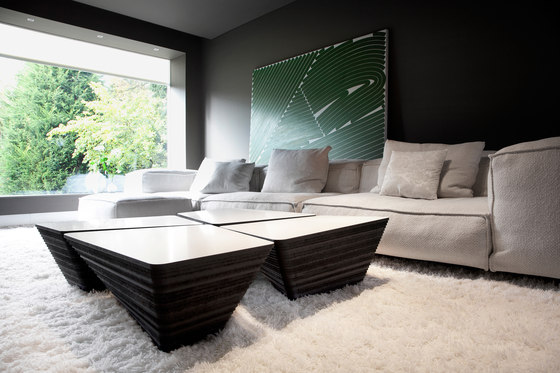 Stone Coffee table di Odesi