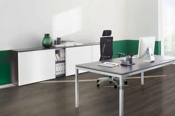 Q3 Series Office Workstation by ophelis