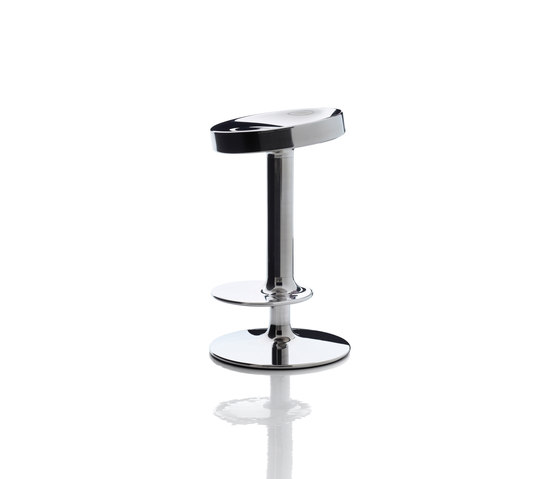 Sweet Stainless Steel Stool de Magis