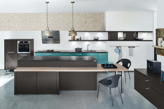 Silestone Marron Jupiter by Cosentino