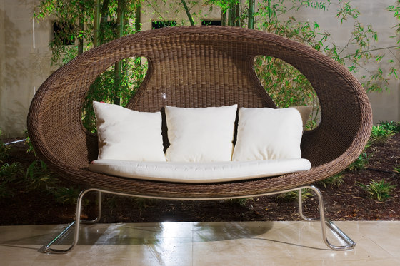 lady bug sofa by Schönhuber Franchi
